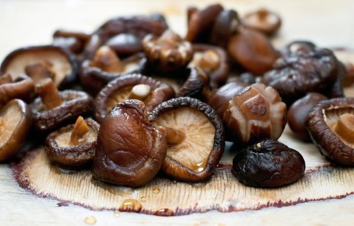 mercado_alimentar_cogumelos skitake